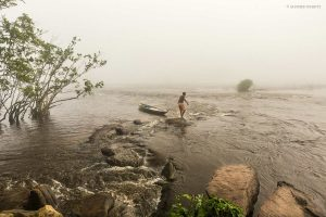 Foggy Rivers | Photo: Achmed Peroti