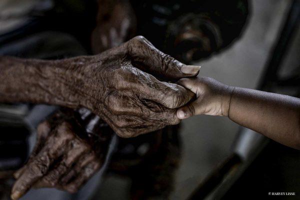 Holding hands   Photo: Harvey Lisse